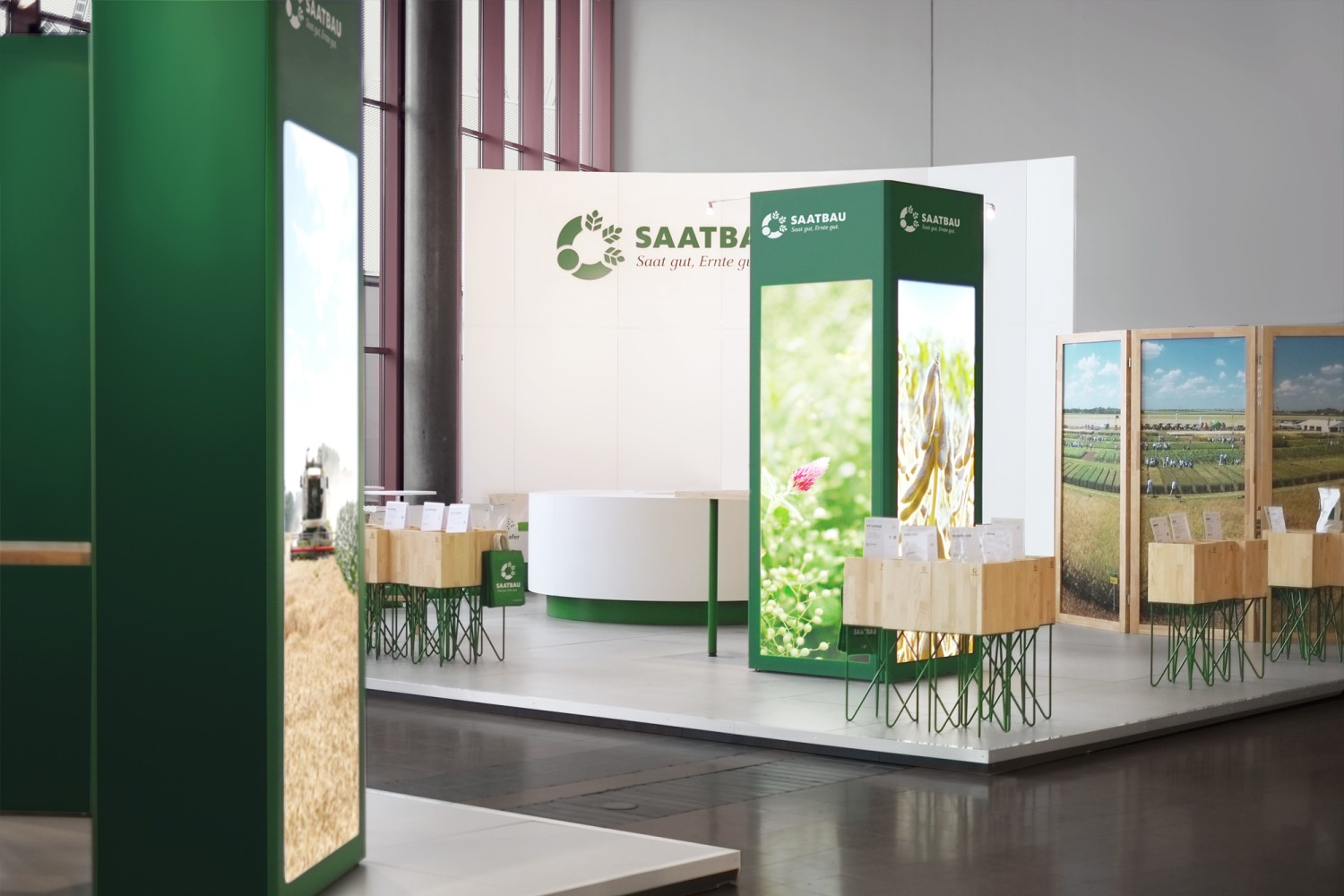 SAATBAU Messestand